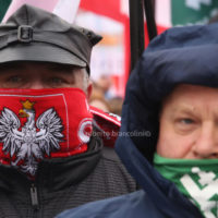 The march to celebrate the independence was attended by many ordinary polish people and also by extreme-right movements such as ONR from Poland